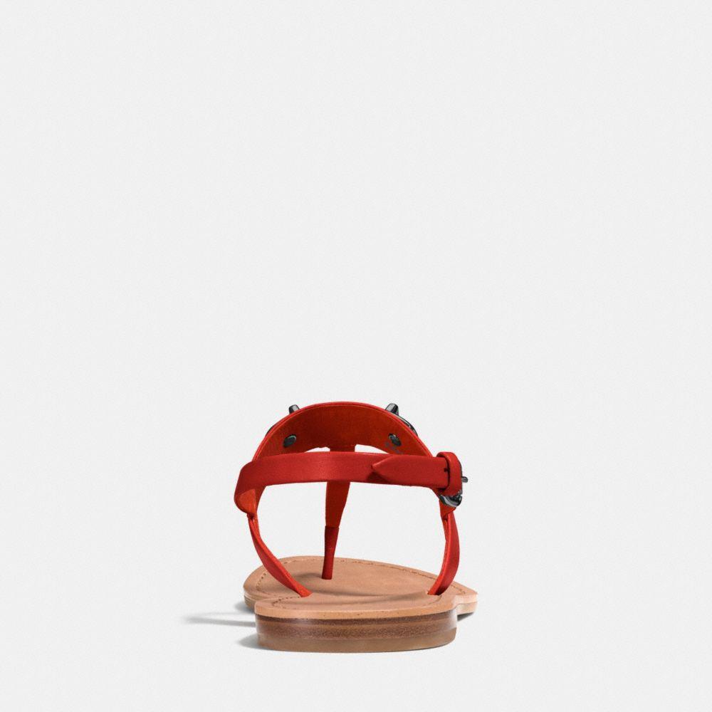 Gracie Swagger Sandal - Alternar vistas A2