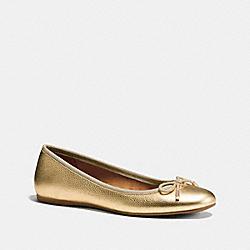 COACH LARA FLAT - GOLD - Q8259