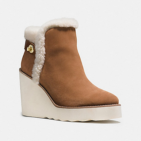 COACH KINGSTON BOOT - SADDLE - q8828