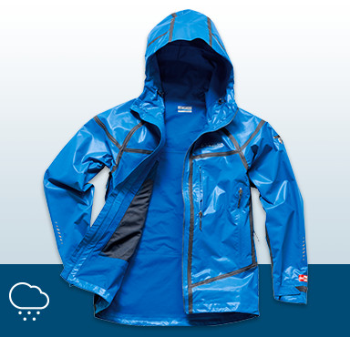 The outerlayer protects you from the elements. Choose a waterproof-breathable material for optimum happiness.