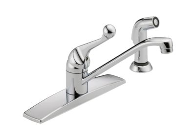 Delta Single Handle Kitchen Faucet with Spray