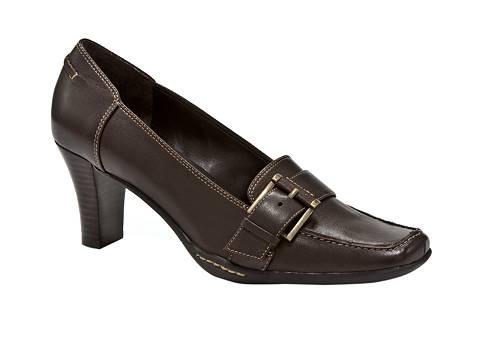 Shoe Stores Coralville Ia