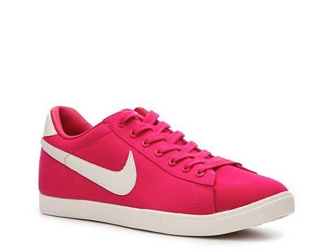 nike womens racquette sneaker dsw