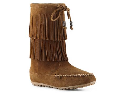 Free shipping and returns on Women's Minnetonka Wide-Calf Boots at 2kins4.cf