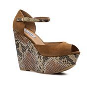 Steve Madden Wynnie Wedge Sandal