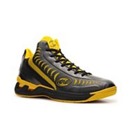 Spalding Threat Basketball Shoe