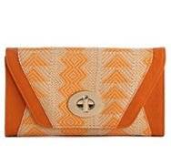 Urban Expressions Patterned Straw Woven Clutch
