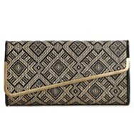 Urban Expressions Giana Woven Clutch