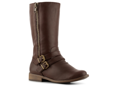Riding boots for girls, from zip or lace paddock boots for everyday riding to tall boots for the show ring, kids will be stylishly comfortable in brands like Ariat, Dublin or Ovation. Insulated kids riding boots for those colder months are also available from Ariat, Ovation or Mountain Horse.