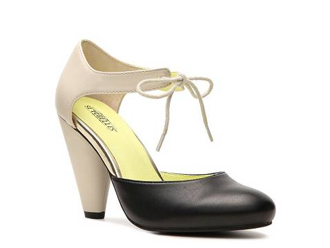how to take away odor from shoes