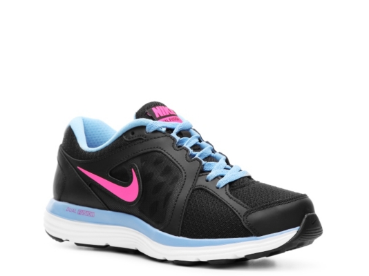 discontinued womens nike sneakers