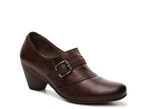 Hudson Wi Shoe Stores