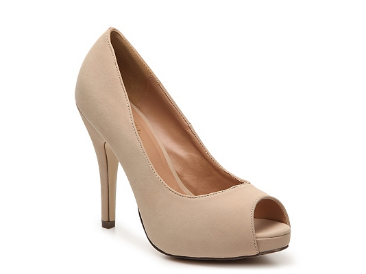 Journee Collection Lois Platform Pump