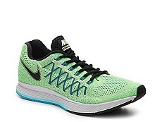 Nike Air Zoom Pegasus 32 Lightweight Running Shoe - Mens