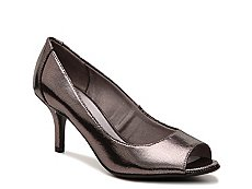 LifeStride Nightly Metallic Reptile Pump