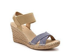 White Mountain Laugh Line Wedge Sandal