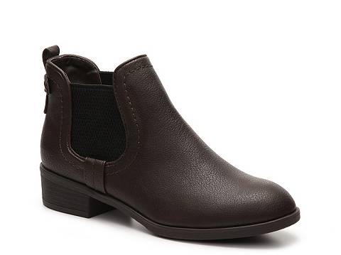 Indigo Rd. Fawne Chelsea Boot | DSW