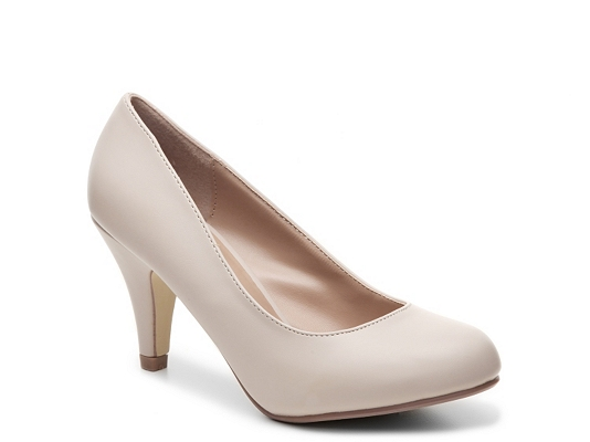 Journee Collection Reetyre Pump