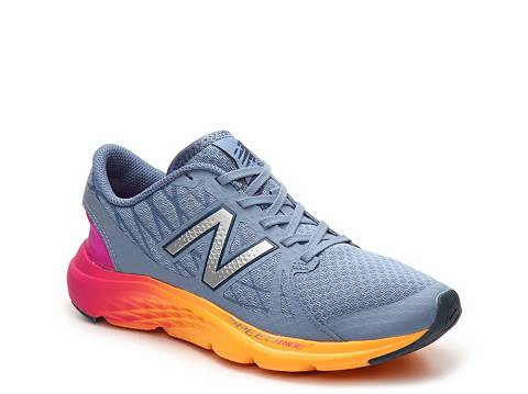 New Balance Womens 690