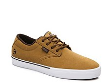etnies Jameson 2 Suede Sneaker - Mens