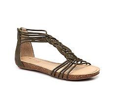 Me Too Nyla Flat Sandal