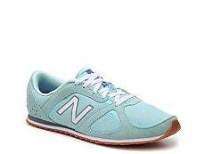 New Balance 555 Retro Sneaker - Womens
