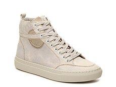 Modern Vintage Gials Distressed High-Top Sneaker