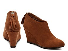 CL by Laundry Vente Wedge Bootie