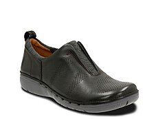 Clarks Unstructured Un Spirit Slip-On