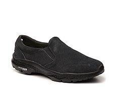 Skechers GOwalk Outdoors Quest Slip-On Sneaker