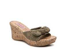 Dolce by Mojo Moxy Piper Wedge Sandal