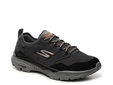 Skechers GOwalk Outdoors Voyage Sneaker