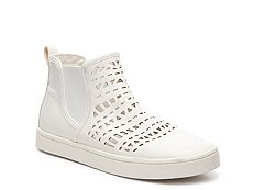 Report Arcetia High-Top Sneaker