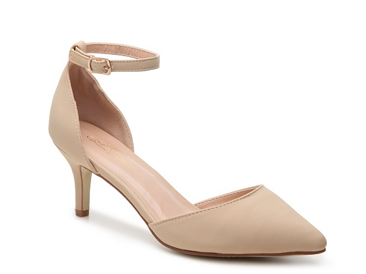 Journee Collection Ike Pump