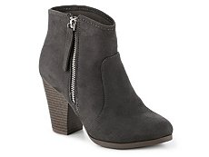Journee Collection Link Bootie