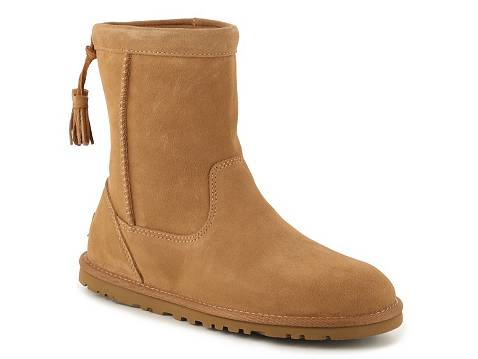 ugg like boots at dsw