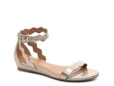 Chinese Laundry Sunshine Wedge Sandal