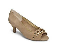 Aerosoles Made of Honor Pump