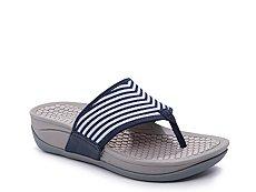 Bare Traps Dasie Wedge Sandal
