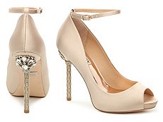 Badgley Mischka Diego Platform Pump