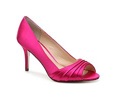 Nina Vesta Satin Pump