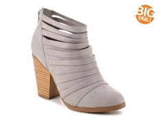 Journee Collection Selena Bootie