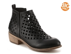 Journee Collection Kat Bootie