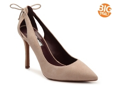 BCBGeneration Tiarra Pump