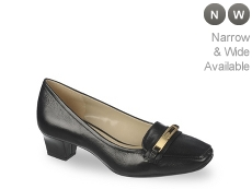 Naturalizer Flynn Pump