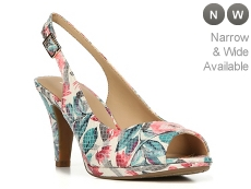 Naturalizer Indeed Sandal