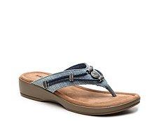 Minnetonka Silverthorne Wedge Sandal