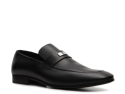 Gucci Leather Nameplate Loafer