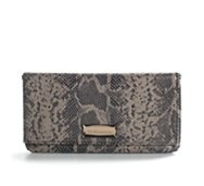 BCBGeneration Cecelia Clutch