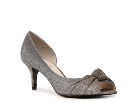 Sale alerts for  Kelly & Katie Courtny Pump - Covvet